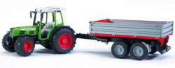Bruder traktor Fendt s vlečku