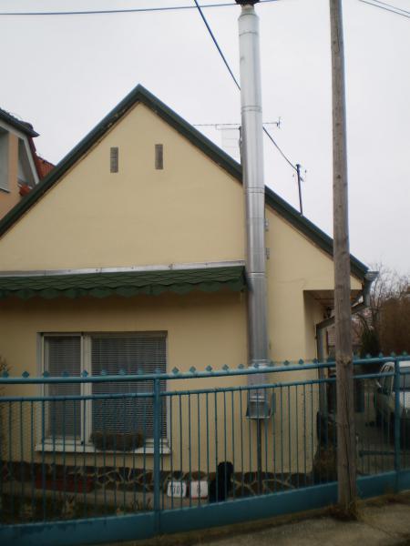 6b900fc48 Predám 2izbový rodinný dom Senec - Domy - Top Reality International ...